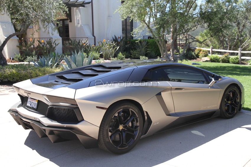 Lamborghini 327.jpg