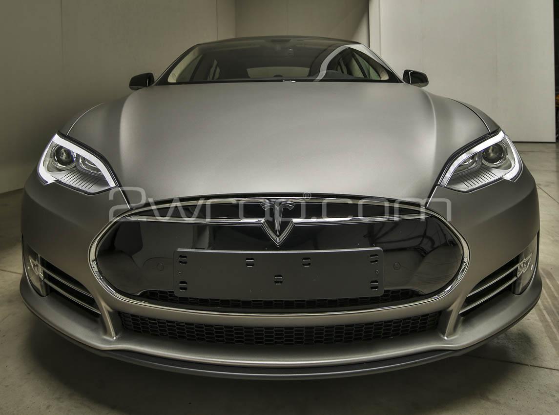 Tesla+3.jpg