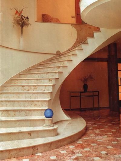 мир камня лестница мрамор