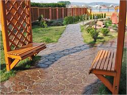 trotuarnaya-plitka-pod-naturalnyj-kamen