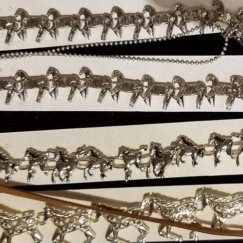 Horsey bracelet