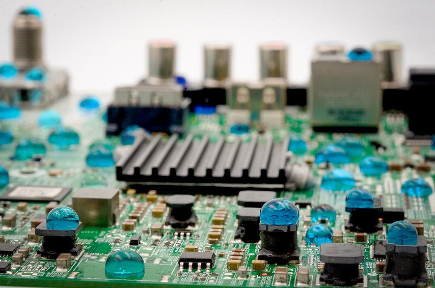 Resized - 2021 Nano-Coating Circuit Board 2-3.jpg