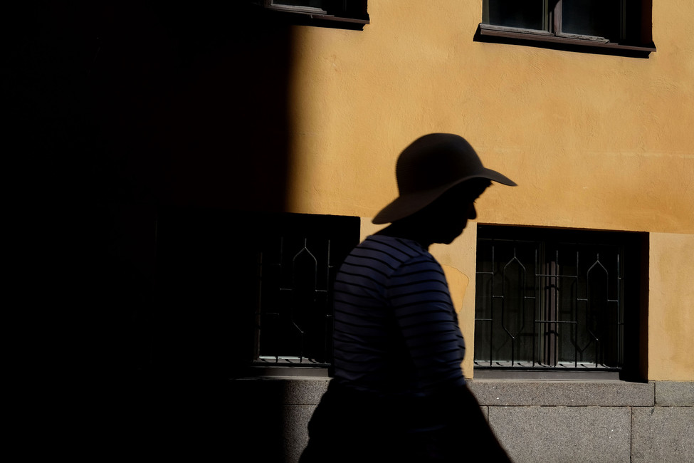 yellow wall.jpg