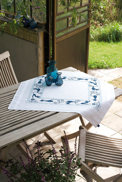 Vervaco PN-0153854 Pre-Printed Tablecloth Cheerful Cats
