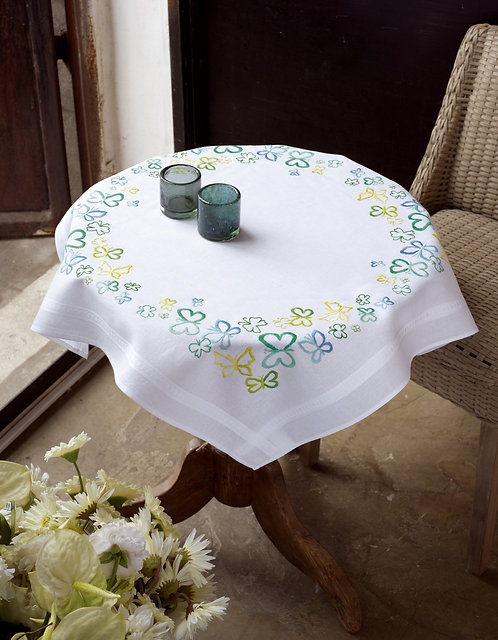 Vervaco PN-0148473 Tablecloth Butterflies in green tones