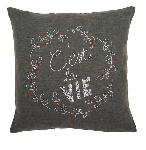 "Vervaco PN-0156052 Embroidery Cushion ""C'est la vie"""