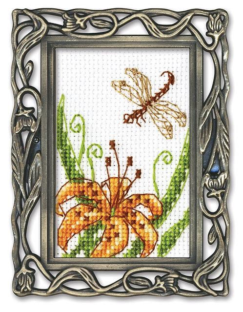 "RTO FA015 Cross-stitch kit ""Lily"""