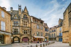 Square in Sarlat-la-Caneda historical ce