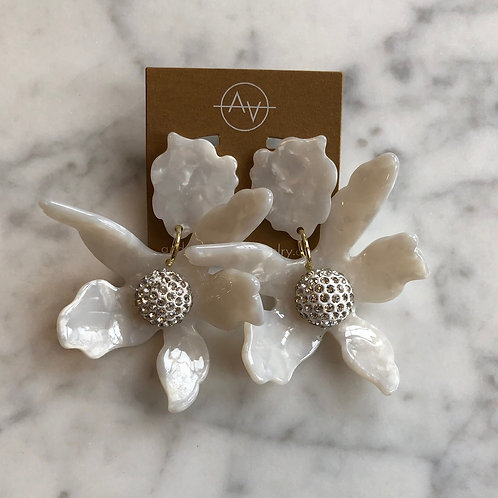 Acrylic Flower (Ivory)