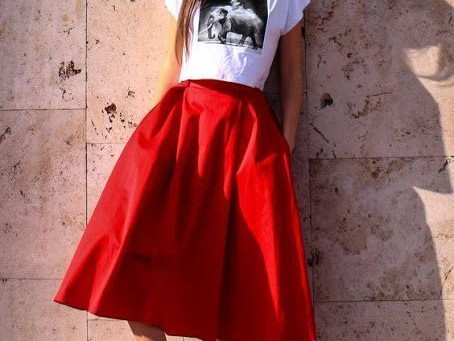 Inspiration garde robe-capsule : le pull Zadie et la jupe Nuala