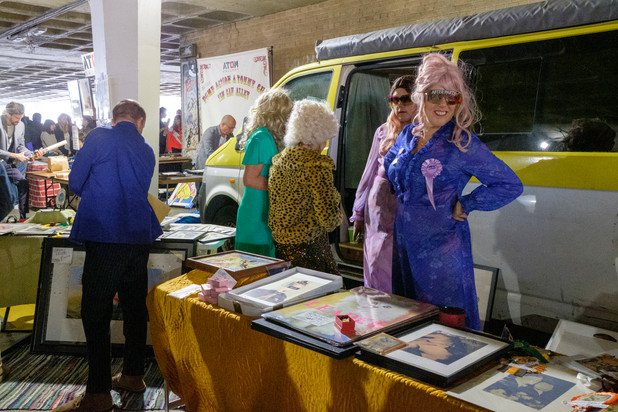 5 art car boot fair.JPG