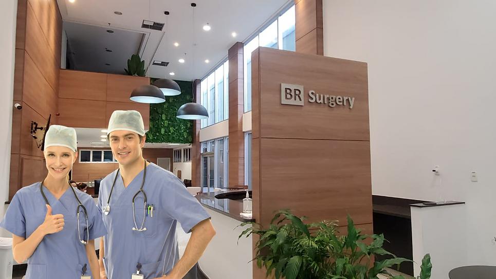 Salas de procedimento equipados com serv