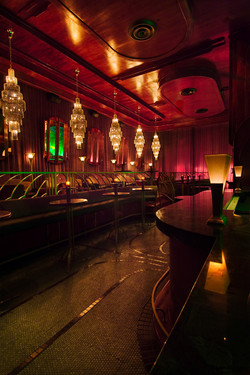 bar_deluxe_002_m.jpg