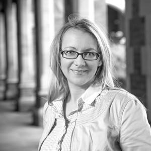 Dr Yvonne Dombrowski - Queen's University Belfast