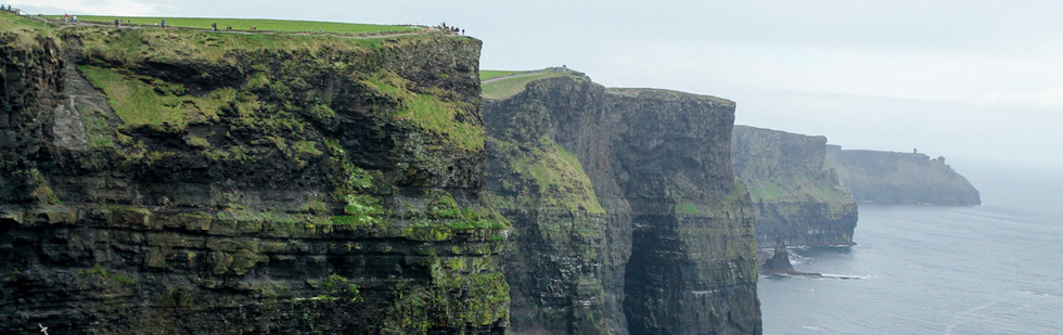 AndreeaPhotography CliffsofMoher.jpg