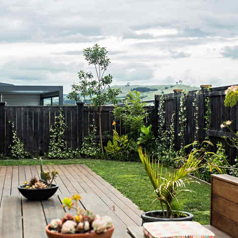Private hom fencing, deck and outdoor entertainment by Tim Scrimshaw at Coast Build, Gosborne, NZ
