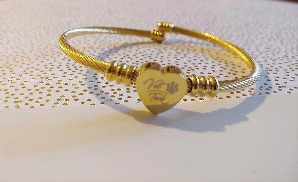 Gold vet tech heart bracelet