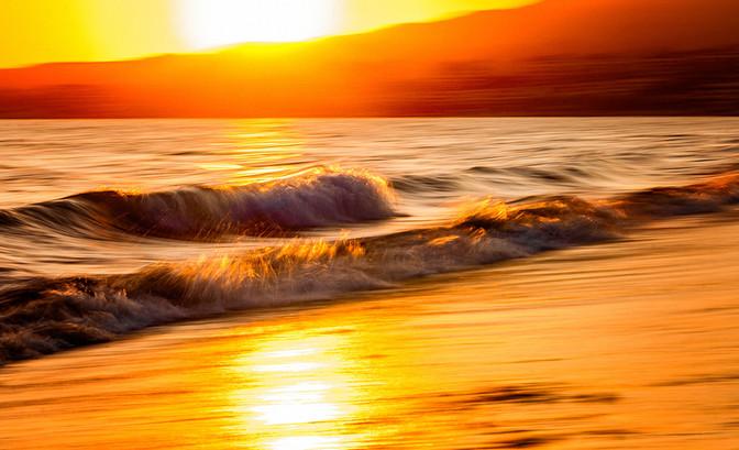 Sunset Waves In Bucerias