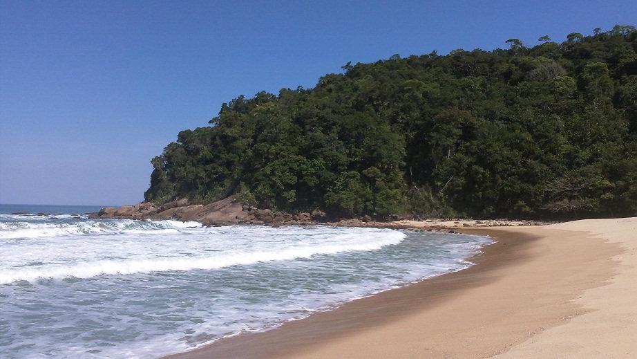 passeios caminhada trilhas paraty tours hiking adventure brava da trindade praia