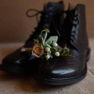 WeddingTUXshoes111.jpg