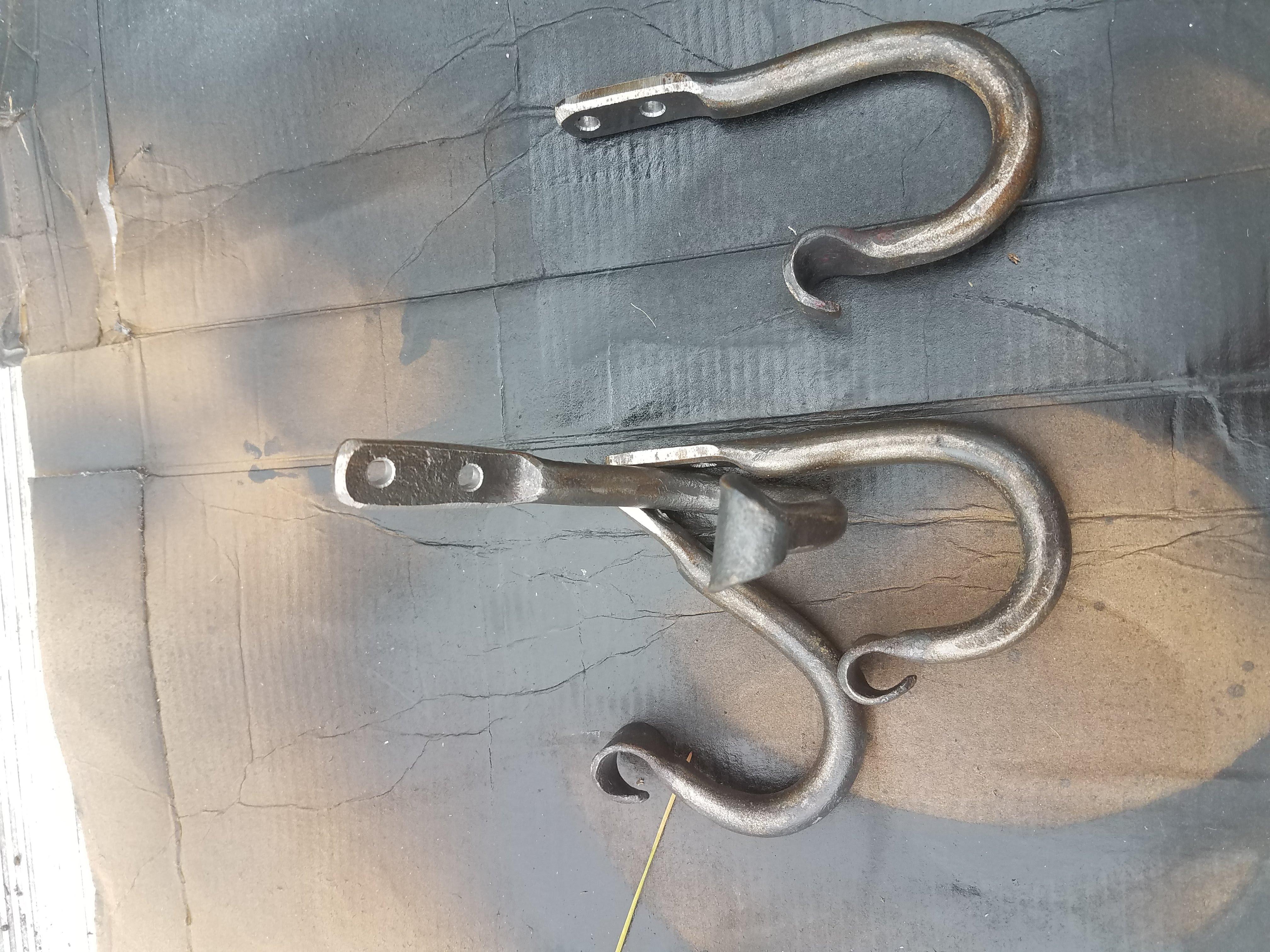 Simple hooks