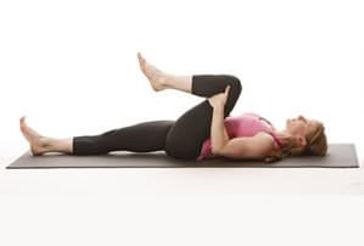 Single-Leg-Stretch-featured-300x203.jpg