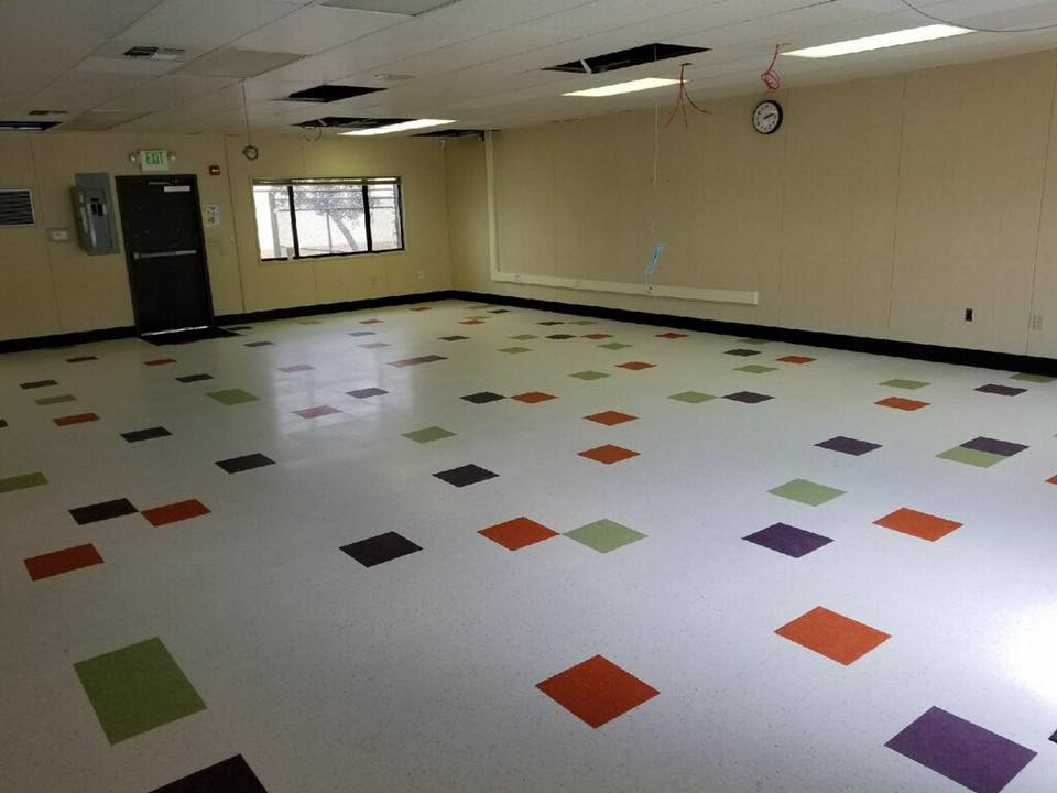 Multi color installation