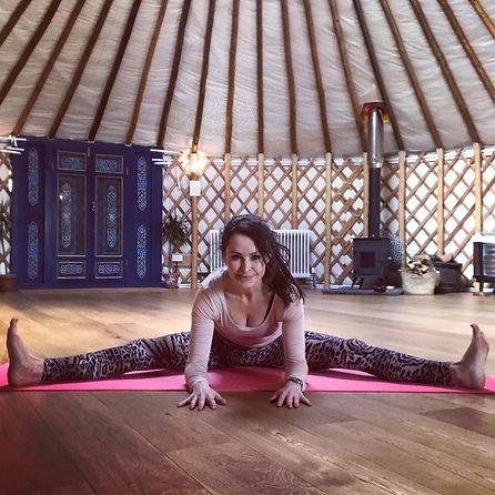 yurt wide leg fold.jpg