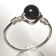 Sterling silver bead ring, handmade in Quebec, Canada.  set with 6mm round black onyx bead.