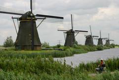電動バイク世界一周オランダのキンデルダイク