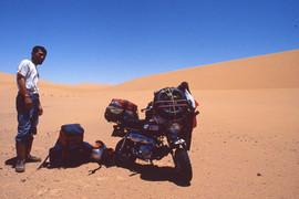 原付バイク世界一周サハラ砂漠縦断