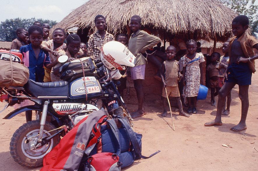 1990-1992年原付バイク世界一周.jpg