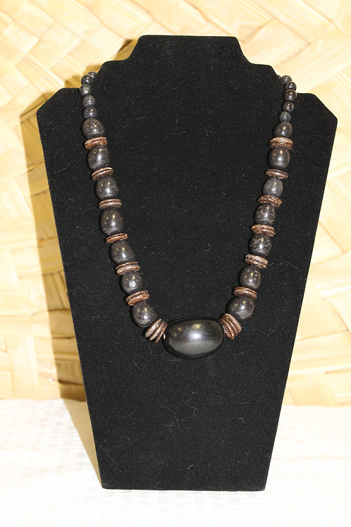 17C Necklace Black