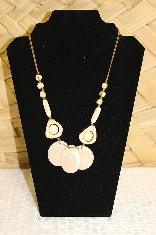 CCO13 Necklace Nude