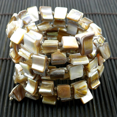 Mother of Pearl Bracelet - Ivory Tone