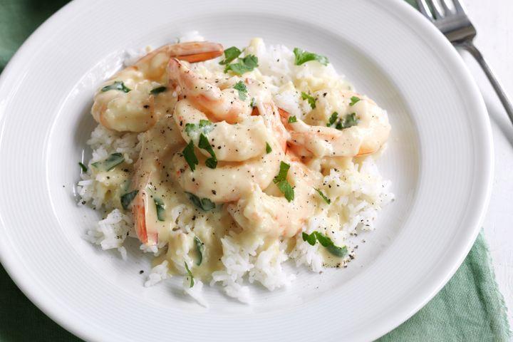 creamy-garlic-prawns-98807-1
