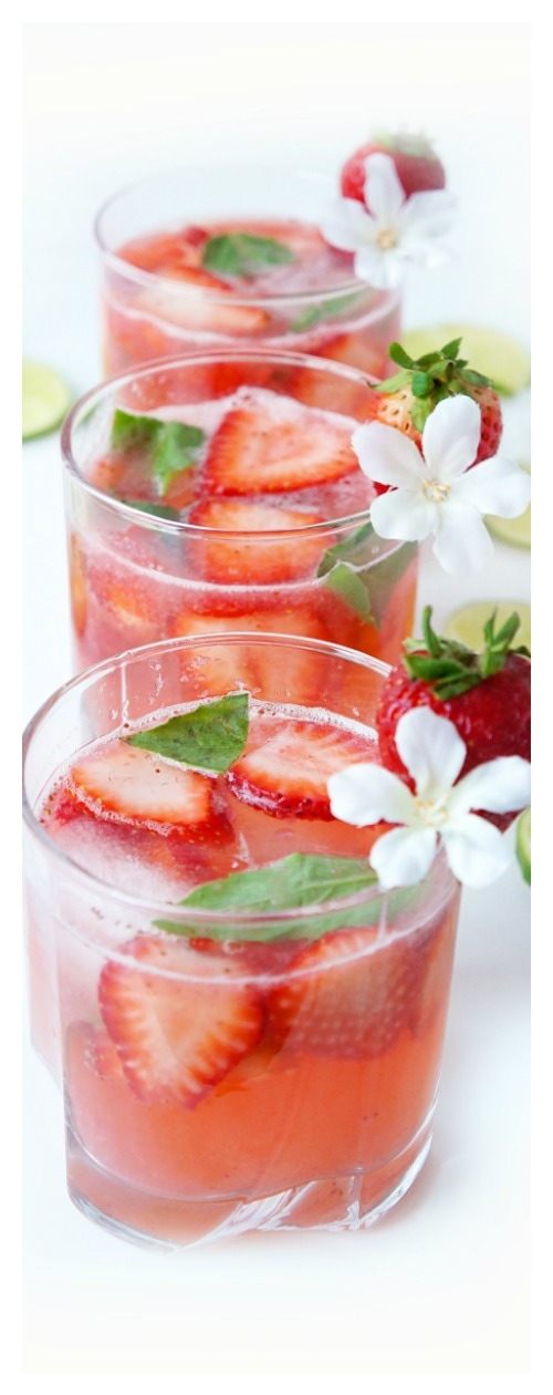Straberry Lime Spritzer
