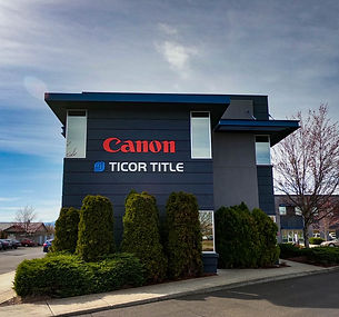 Canon 2 (1 of 1).jpg