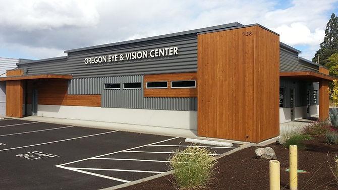 Oregon%20Eye_edited_edited.jpg