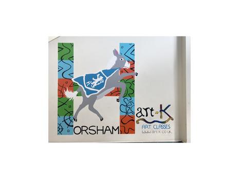 art-K unveils mural in Horsham train station to commemorate local legend 'Mr Pirie'