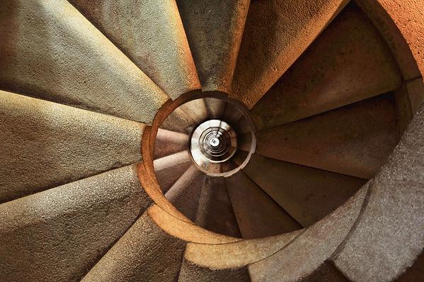 staircase-600468.jpg