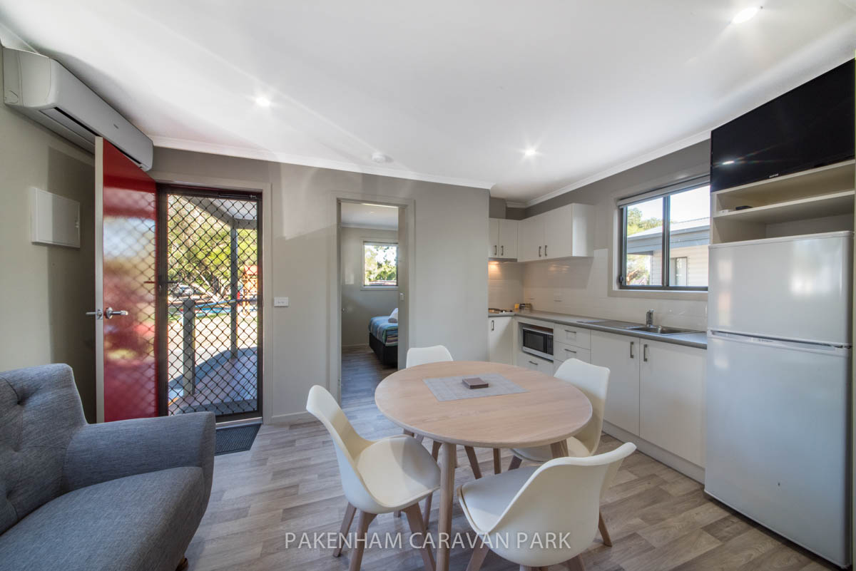 cabin dining / kitchen