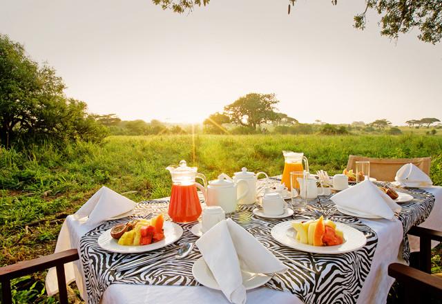phoca_thumb_l_bush breakfast.jpg