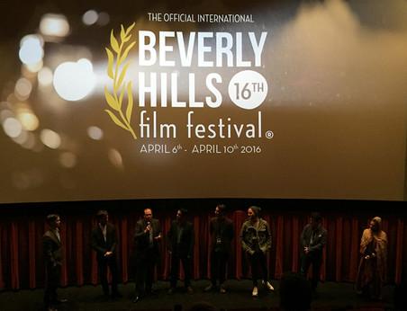 Vuelve con nosotros en el Teatro Chino de Hollywood en Beverly Hills.