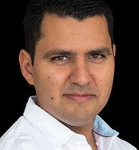 Olivas-Juan Carlos-HQ0C1789-c.jpg