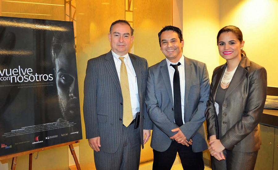 Jorge Alberto Milla Reyes (Embajador de Honduras), Mario Ramos, Karol Escalante.