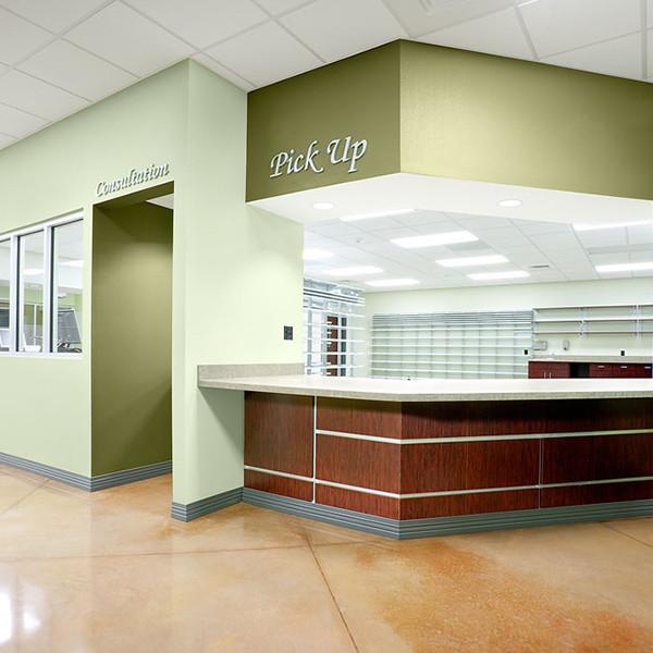 Retail+Pharmacy2.jpg