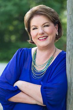 Linda Bennett Pennell-1000pxH.jpg