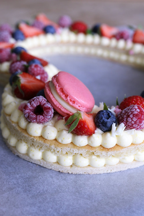 Cookie hart cake