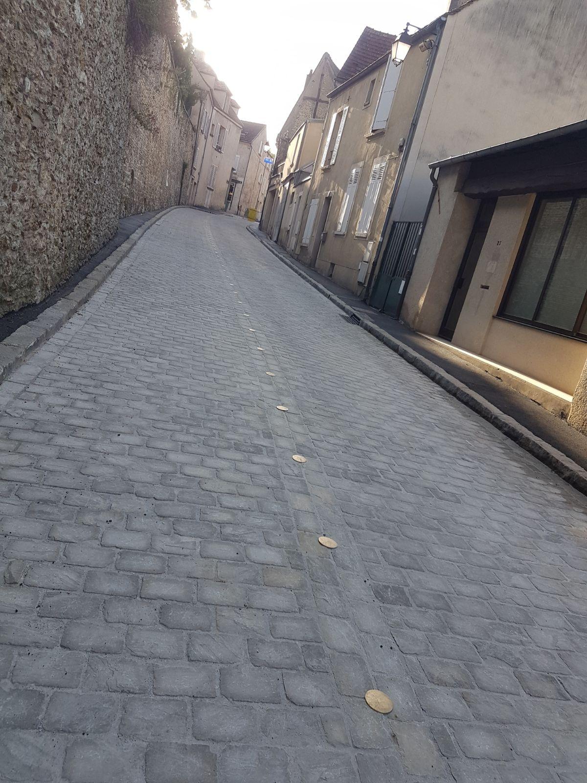 Pavage rue montfort l'amaury